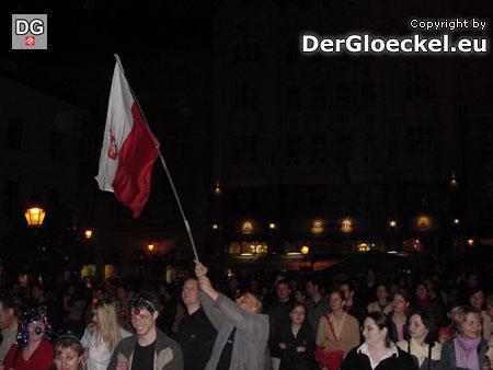 Menchen aus Polen mischten sich unter die anwesenden Slowaken und feierten mit ihnen gemeinsam