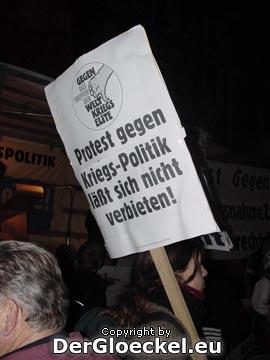 """""""Protest gegen Kriegs-Politik läßt sich nicht verbieten!"""""""