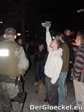 bewußte Provokation als Gegenmaßnahme eines Demonstranten
